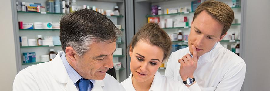sr-imag-ftr-pharmacy-team